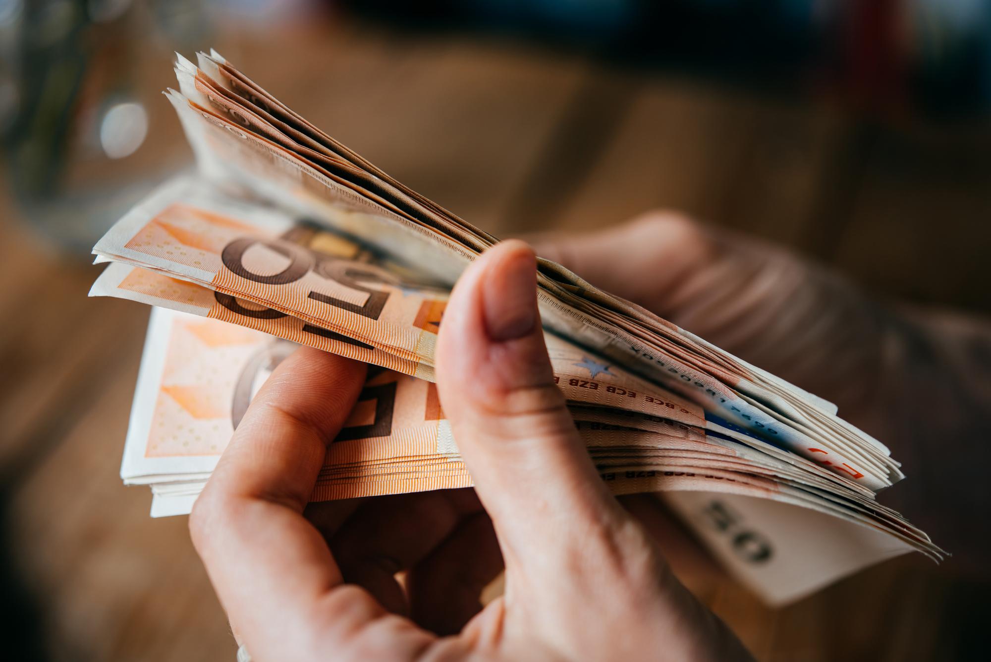 Få styr på valutaen i det land du rejser til